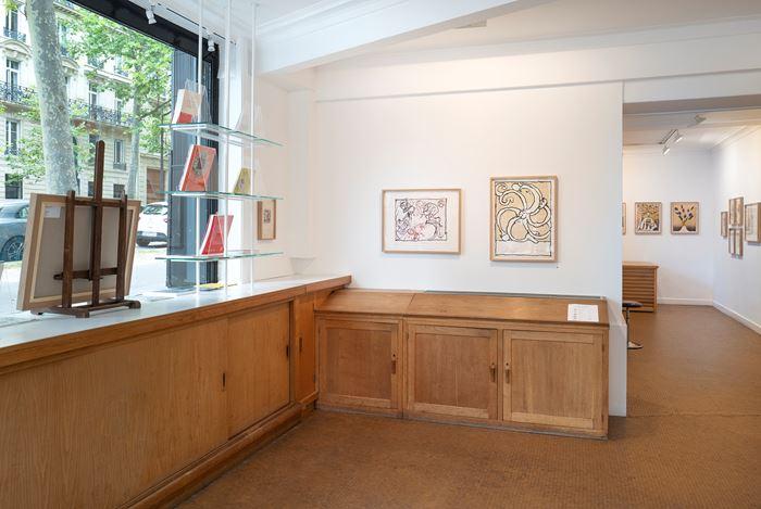 Exhibition view: Pierre Alechinsky, Prints from the 1960s and the 1970s, Galerie Lelong & Co., 13 rue de Téhéran, Paris (2–30 July 2020). CourtesyGalerie Lelong & Co.