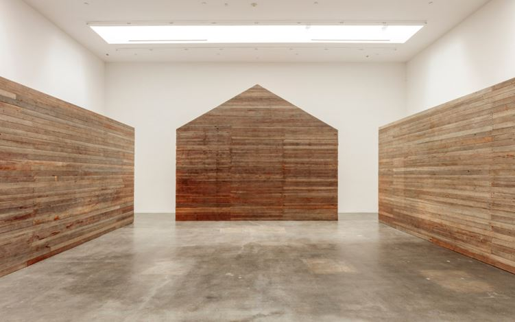 Sam Durant, Build Therefore Your Own World, Exhibition view. Image courtesy of Blum & Poe, Los Angeles.