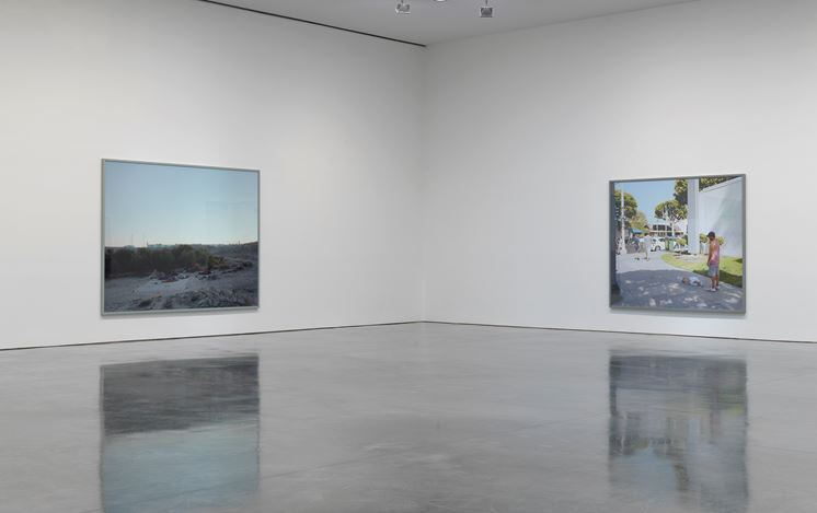 Exhibition view: Jeff Wall, Gagosian, West 21st Street, New York (30 April—26 July 2019). Artwork © Jeff Wall. Courtesy Gagosian. Photo: Rob McKeever.