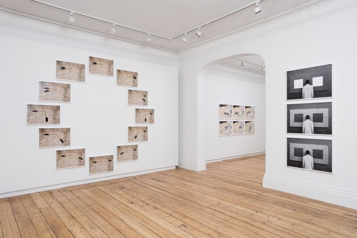 Exhibition view: Robin Rhode, The Backyard is My World, Lehmann Maupin, London (14 April–6 June 2021). Courtesy the artist and Lehmann Maupin, New York, Hong Kong, Seoul, and London.Photo: Mark Blower.