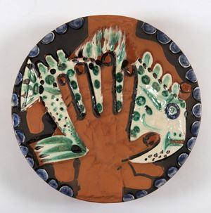 Mains au poisson by Pablo Picasso contemporary artwork