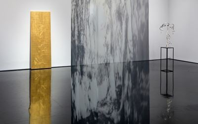 Exhibition view of Caroline Rothwell, Turbulence, 2016 at Tolarno Galleries, Melbourne. Courtesy Tolarno Galleries.