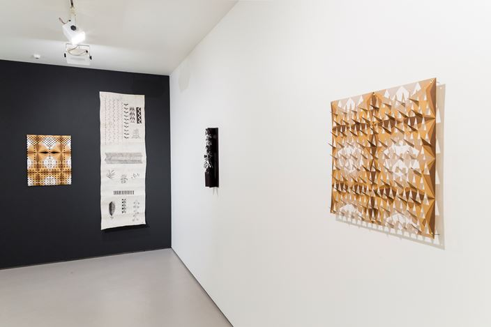 Exhibition view: Lonnie Hutchinson & Cora-Allan Wickliffe, Pacific Samplers, Bartley + Company Art, Wellington (16 September–16 October 2020). Courtesy Bartley + Company Art.