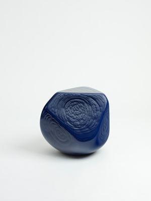 Figure intermediaire excentrique Varia 4 - bleu by Jean-Luc Moulène contemporary artwork