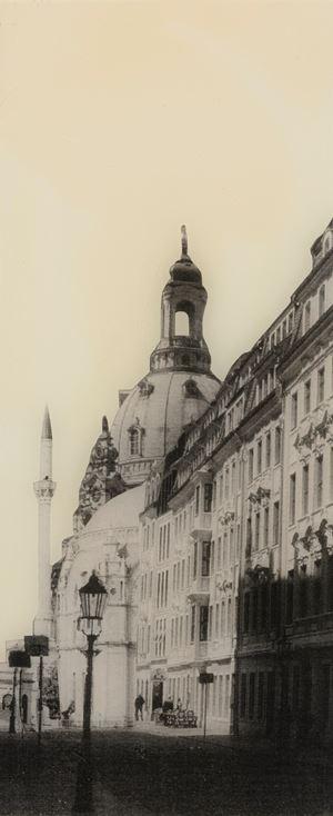 Rampische Straße in Dresden mit Blick auf die Augustus Moschee by Manaf Halbouni contemporary artwork
