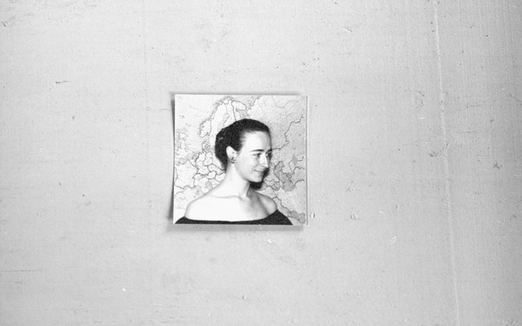 Zoe Leonard, 1952 or 53 (2016) (detail). Gelatin silver print. Edition of 6 + 2AP. 49.5 x 61 cm. © Zoe Leonard. Courtesy the artist and Hauser & Wirth.