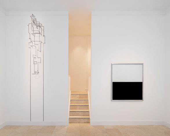Exhibition view: Group Exhibition,Ink & Steel,Holtermann Fine Art, London (2 October–17 December 2020). Artwork © Anthony Gormley / Charles Ray. CourtesyHoltermann Fine Art. Photo:© Ollie Hammick.