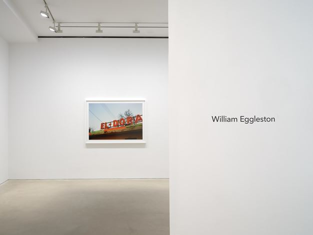 Exhibition view: William Eggleston, David Zwirner, Hong Kong (10 September–17 October 2020). Courtesy David Zwirner.
