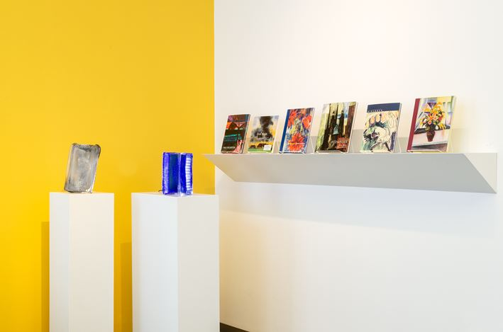 Exhibition view: Group Exhibition, we love art books. 140 publications during 25 years of passion, Beck & Eggeling Internation Fine Art, Düsseldorf (24 August–28 September 2019). Courtesy Beck & Eggeling Internation Fine Art.