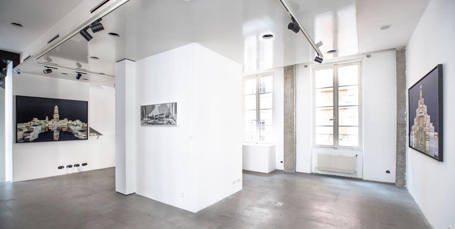 Exhibition view: Ji Zhou, Poussières d'étoiles 星尘, A2Z Art Gallery, Paris (14 November–14 December 2019). CourtesyA2Z Art Gallery.