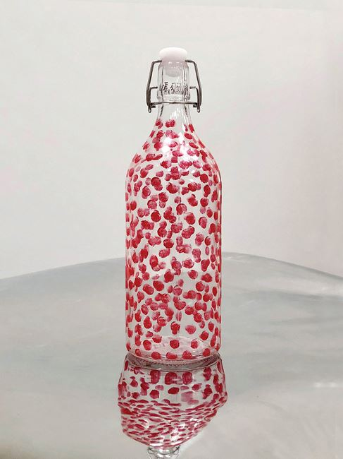 Bottle Filled with Fingerprints 4-20190714 裝了指印的瓶子4-20190714 by Zhang Yu contemporary artwork