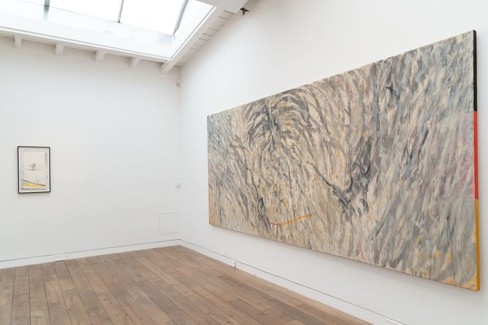Exhibition view: Gerhard Hoehme, da war jemand, Beck & Eggeling International Fine Art, Düsseldorf (4 September–7 November 2020). Courtesy Beck & Eggeling International Fine Art.