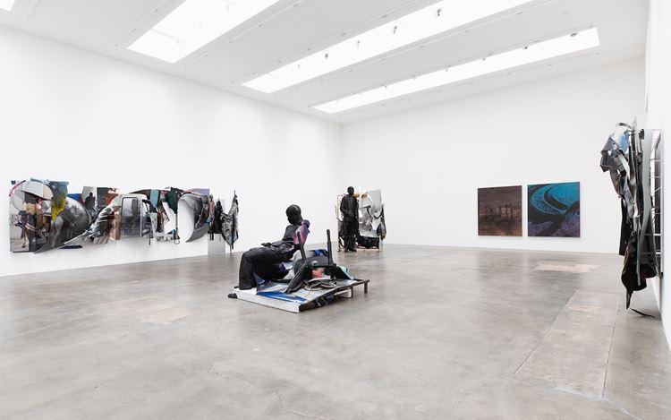 Exhibition view: Mohamed Bourouissa, Pour une poignée de Dollars,Blum & Poe, Los Angeles (14 September–26 October 2019).© ADAGP Mohamed Bourouissa. Courtesy the artist and Blum & Poe, Los Angeles/New York/Tokyo. Photo: Makenzie Goodman.
