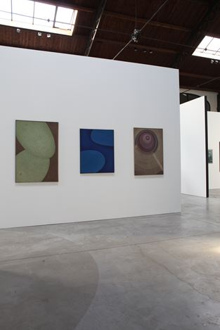 Exhibition view: Group Exhibition, PAINTING BELGIUM: Abstraction in Peace Time (1945–1975), La Patinoire Royale – galerie Valerie Bach, Brussels (6 September–7 December 2019). Courtesy La Patinoire Royale – galerie Valerie Bach.