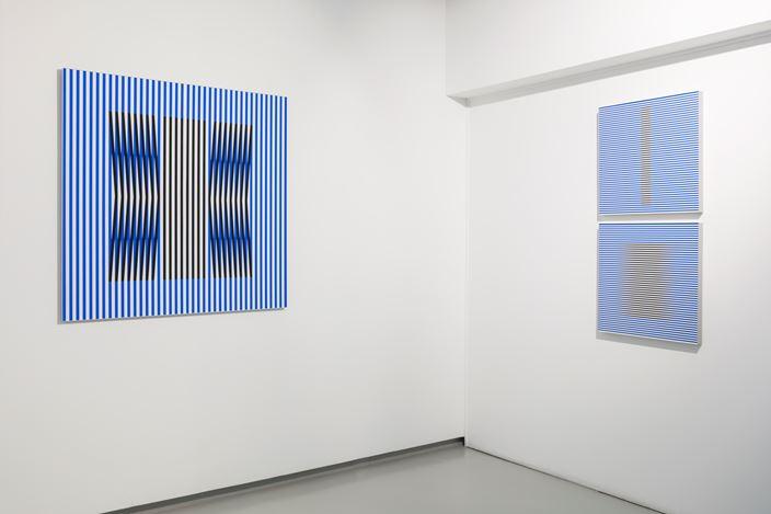 Exhibition view: Carlos Cruz-Diez, Hommage à la couleur, galerie Denise René, Paris (3 October–20 November 2019). Courtesy galerie Denise René.