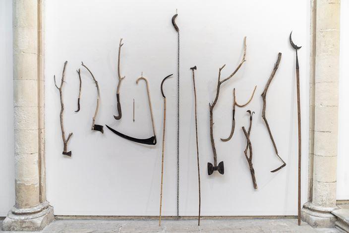 Exhibition view: Marcelo Viquez, Nuestras armas no hacen daño, KEWENIG, Palma (19 December 2019–14 March 2020). Courtesy KEWENIG. Photo:Bruno Daureo.