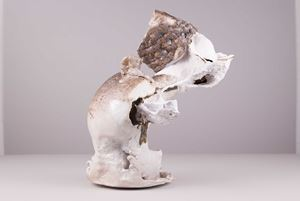 Ich bin nicht der der geworden der ich sein wollte by Raphael Weilguni Viola Relle contemporary artwork