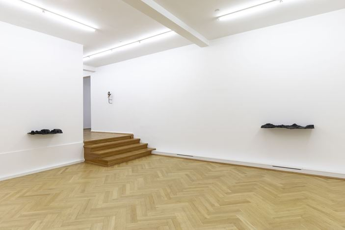 Exhibition view: Lena von Goedeke, Keoitt, Bernhard Knaus Fine Art, Frankfurt (6 September–2 November 2019). Courtesy Bernhard Knaus Fine Art.