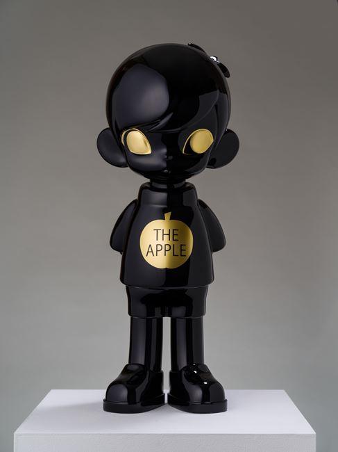 THE APPLE - Black by Hiroyuki Matsuura contemporary artwork