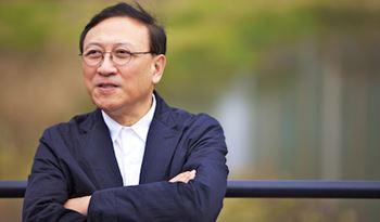 Yongwoo Lee