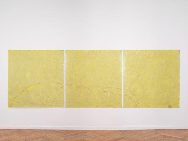 Endnote, yellow (edge) by Ian Kiaer contemporary artwork