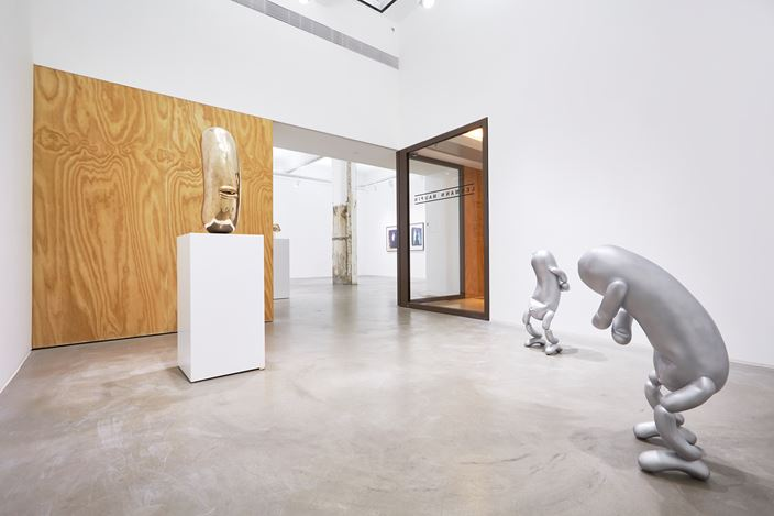 Exhibition view: Erwin Wurm, Lehmann  Maupin, Hong Kong (25 March–11 May 2019). Courtesy the artist and Lehmann Maupin, New York, Hong Kong, and Seoul. Photo: Owen Wong.