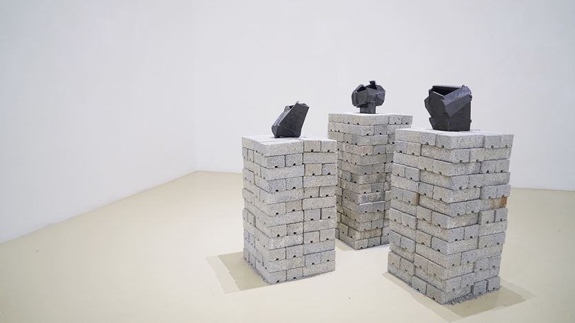 Exhibition view: Jason Lim, Contemplate, Gajah Gallery, Singapore (19 July–4 August 2019). Courtesy Gajah Gallery.