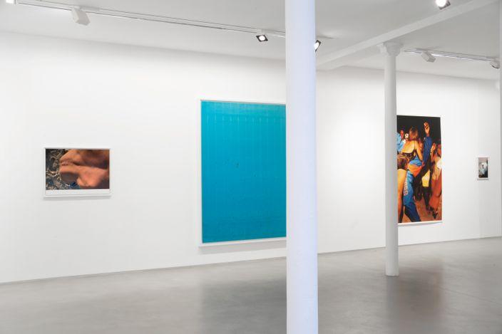 Exhibition view: Wolfgang Tillmans,Lumière du matin, Galerie Chantal Crousel, Paris (6 May–12 June 2021). Courtesy the artist and Galerie Chantal Crousel, Paris. Photo: Pauline Assathiany.