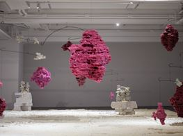 Andrew Luk at de Sarthe: Abstracting Entropy