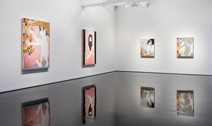 Exhibition view: Brent Harris, the small sword, Tolarno Galleries (28 September–4 November 2017). Courtesy Tolarno Galleries.