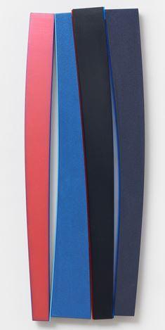 Kenneth Noland,Flares: Storm Grey (1991/1995). Acrylic on canvas on panel with Plexiglas. 157.5 × 60.3 × 5.1 cm). © The Kenneth Noland Foundation. Courtesy Pace Gallery.