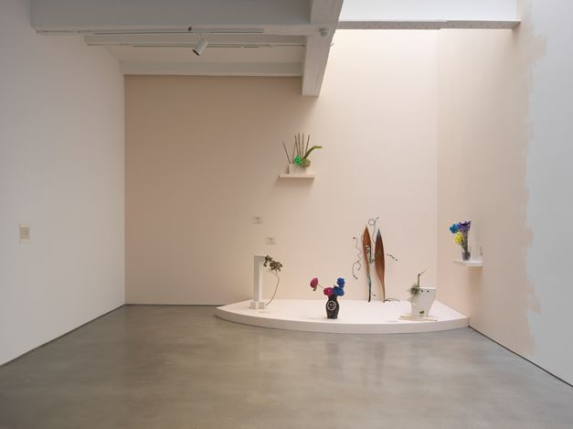 Exhibition view: Group Exhibition, Life to come, Metro Pictures, New York (17 January–16 February 2019). Courtesy the artists and Metro Pictures.