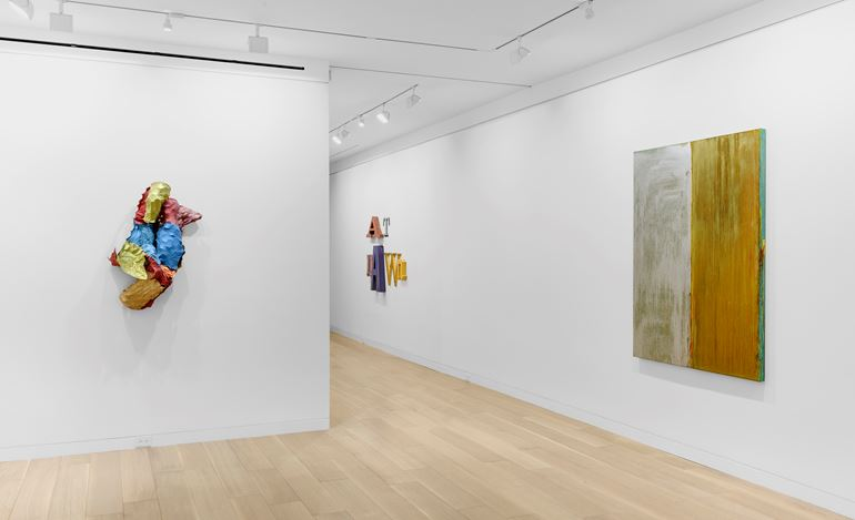 Exhibition view: Group exhibition,AtDawn,Cheim & Read, New York(10 September–3 October 2020). Courtesy Cheim & Read.
