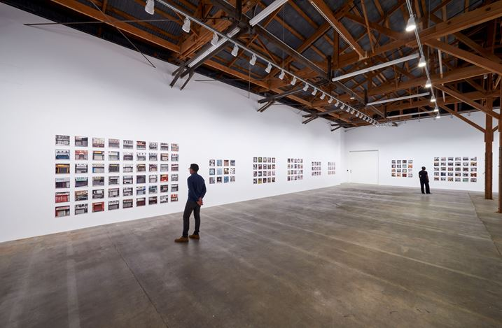 Exhibition view: Zoe Leonard, Analogue, Hauser & Wirth, Los Angeles (27 October 2018– 20 January 2019). © Zoe Leonard. Courtesy the artist and Hauser & Wirth. Photo: Mario de Lopez.