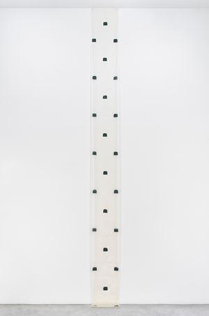 Empreintes de Pinceau n°50 répétées à intervalles réguliers de 30 cm, Septembre 1978 by Niele Toroni contemporary artwork
