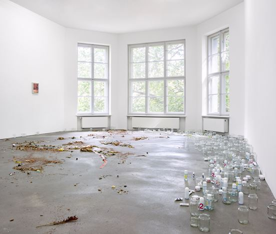 Exhibition view: Group Exhibition, local talent, curated by Thomas Demand, Sprüth Magers, Berlin (4 July–22 August 2020). Courtesy Sprüth Magers. Photo: Timo Ohler.