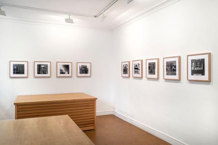 Exhibition view:Robert Rauschenberg,Photographs, Galerie Lelong & Co., Rue de Téhéran, Paris (20 May–13 July 2021). Courtesy Galerie Lelong & Co.