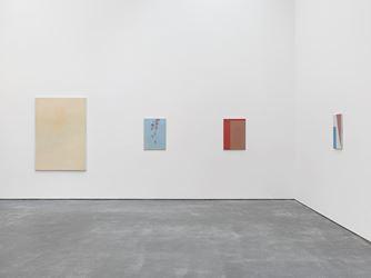Exhibition view: Raoul De Keyser, Drift, David Zwirner, New York (18 March–23 April 2016). Courtesy David Zwirner, New York.