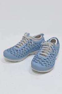 Dike Shoe (Dike鞋 ) by André Dubreuil contemporary artwork ceramics