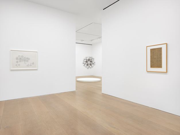 Exhibition view: Ruth Asawa, A Line Can Go Anywhere, David Zwirner, London (10 January–22 February 2020). © The Estate of Ruth Asawa. Courtesy The Estate of Ruth Asawa and David Zwirner. Photo: Jack Hems.
