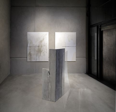 Exhibition view: Gonçalo Sena, Room #11, KEWENIG, Berlin (19 November–14 December 2019). Courtesy KEWENIG. Photo: © Lepkowski Studios, Berlin.