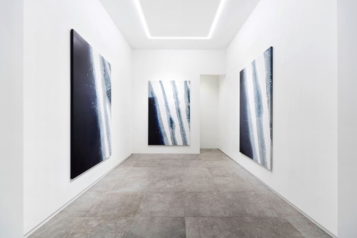 Exhibition view: Yoon Hyangro, Surflatpictor, P21, Seoul (10 May–24 June 2018). Courtesy P21.