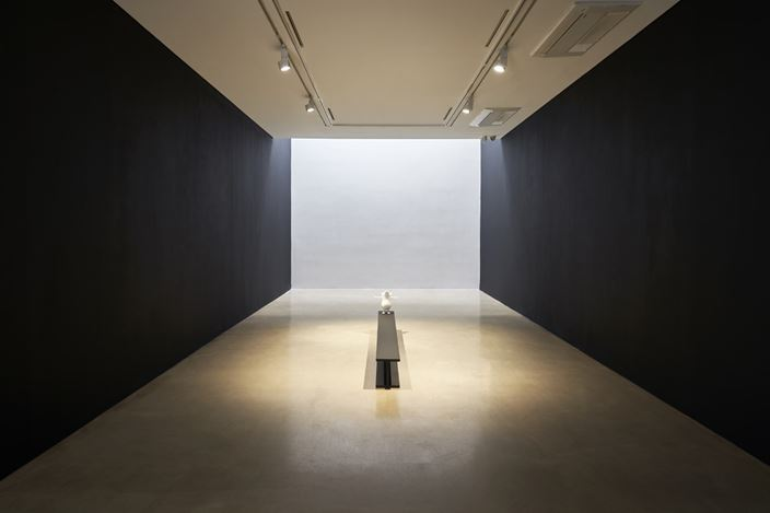 Exhibition view: Seung Yul Oh, Touch, ONE AND J. Gallery, Seoul (22 September–25 October 2020).  Courtesy ONE AND J. Gallery.