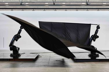 William Forsythe,Black Flags(2014). Exhibition view: William Forsythe,Choreographic Objects, Gagosian, Le Bourget (15 October–22 December 2017). © William Forsythe. Courtesy Gagosian.Photo: Thomas Lannes.