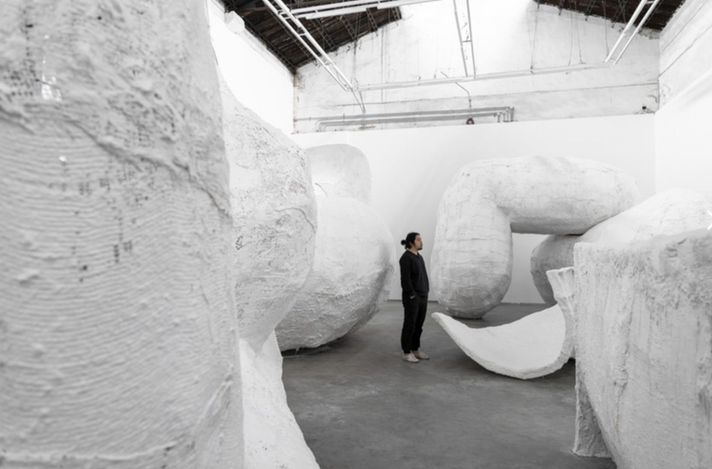 Exhibition view: Su Chang, Hole, ShanghART M50, Shanghai (18 March–16 May 2021). Courtesy ShanghART.