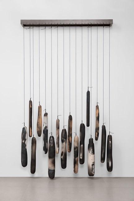 Na Horizontal (On the Horizontal) by Anna Maria Maiolino contemporary artwork