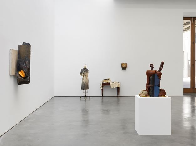 Exhibition view: John Latham, Skoob Works, Lisson Gallery, West 24th Street, New York (2 May–16 June 2018). Courtesy Lisson Gallery.