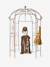 DER PAVILLLLON SELBST OHNE BESCHEINIGUNG ABER MIT HOHLSAHNE! by Jonathan Meese contemporary artwork sculpture