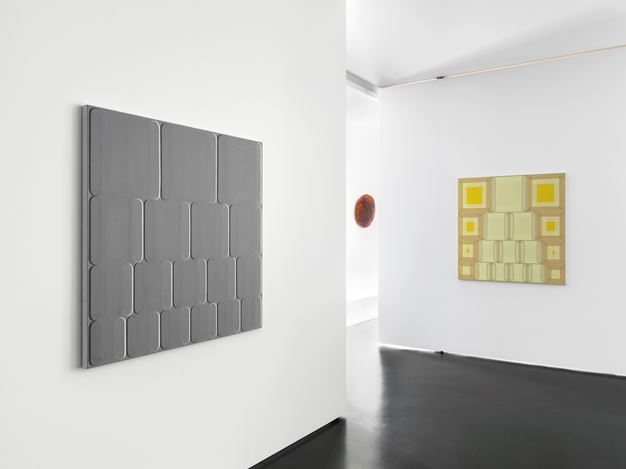 Exhibition view: Group Exhibition, Patterns, Anne Mosseri-Marlio Galerie, Basel (14 December 2019–28 February 2020). Courtesy Anne Mosseri-Marlio Galerie. Photo:Serge Hasenböhler.