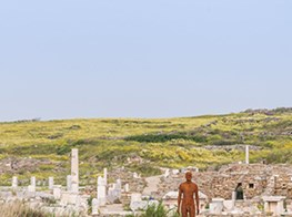 An Interview with Antony Gormley About His Greek Island Show